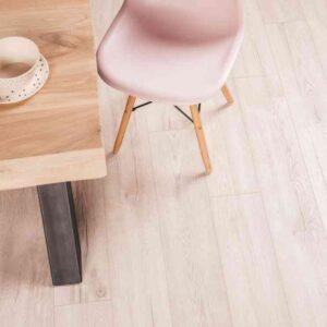 Whitewash verlijmbare PVC-vloer i.c.m. plint + onderhoudsset