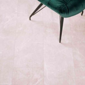 Lichte verlijmbare PVC-vloer i.c.m. plint + onderhoudsset