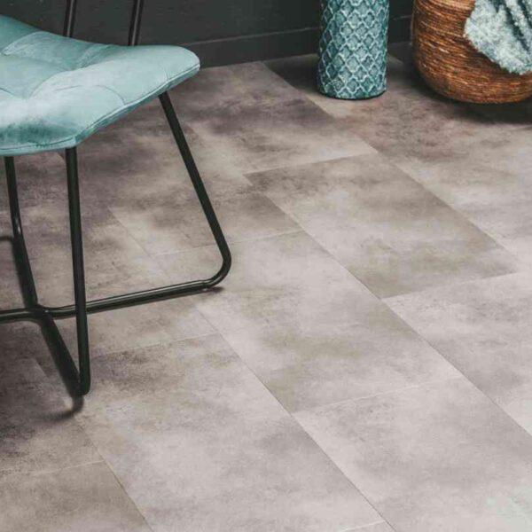 Betonlook PVC-vloer verlijmbaar i.c.m. plint + onderhoudsset
