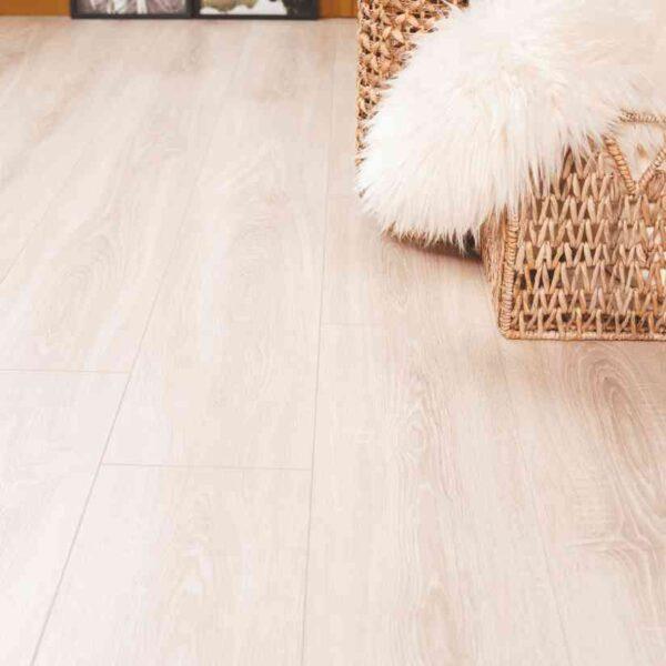 Onderhoudsvrije PVC-vloer verlijmbaar Met GRATIS PLINT